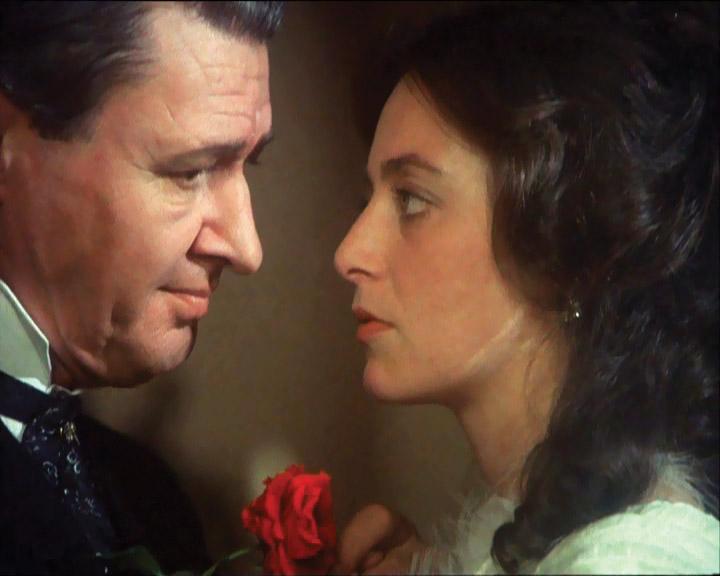 Noiembrie, ultimul bal (1988) - Photo