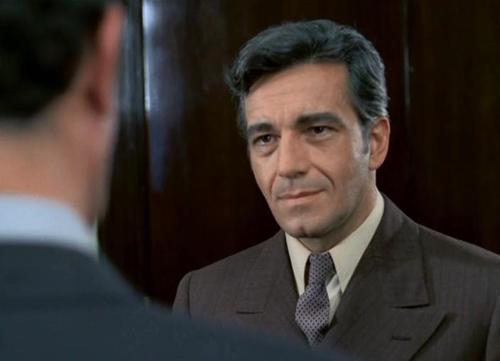 Un comisar acuză (1974) - Photo